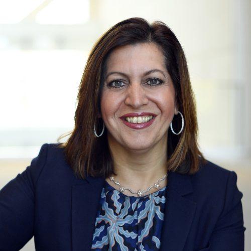 Yanela Frias